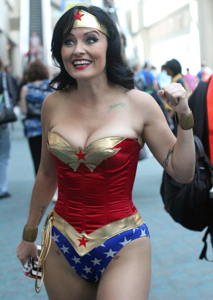 Wonder Woman  The Absolute Best Cosplays From Comic-Con -2334