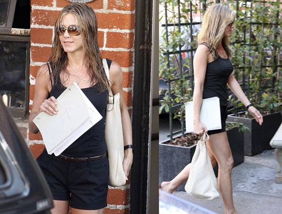 Photos of Jennifer Aniston In LA After Breaking Up With John Mayer For His Lack of Money and Media-Courting