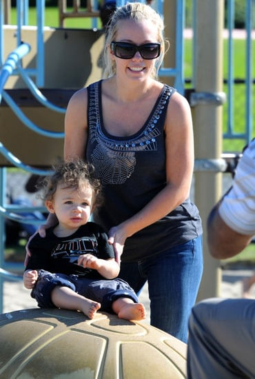 Kendra Wilkinson takes her son to the park