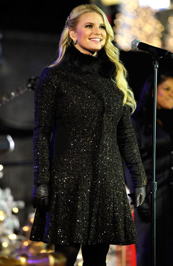Pictures of Jessica Simpson at the Tree Lighting Ceremony in NYC