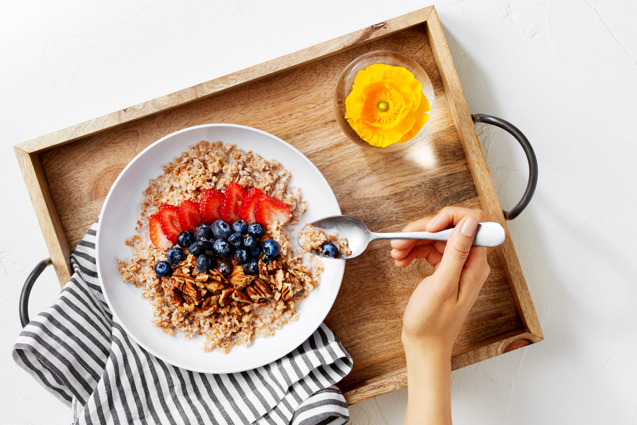 What to Eat Before and After a Workout, According to a ...