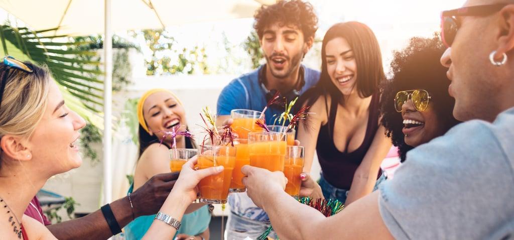 TikTok Cocktail Hacks For Summer
