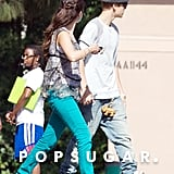 Selena Gomez and Justin Bieber Link Arms | Pictures
