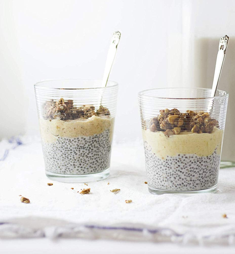 These 11 Low-Carb Granolas Prove Breakfast Food Is Always a Good Idea