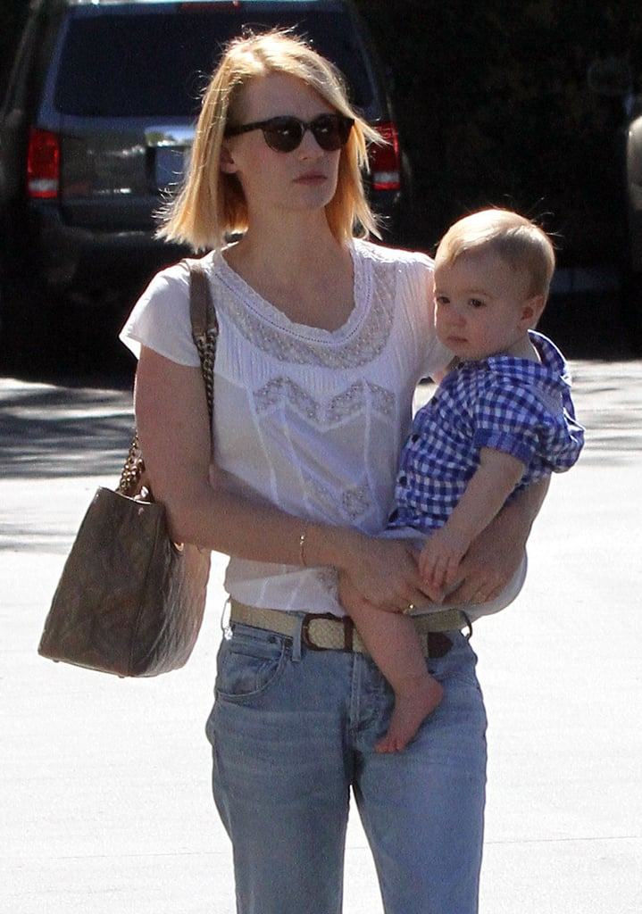 January Jones kept it casual as she lunched with Xander Jones.