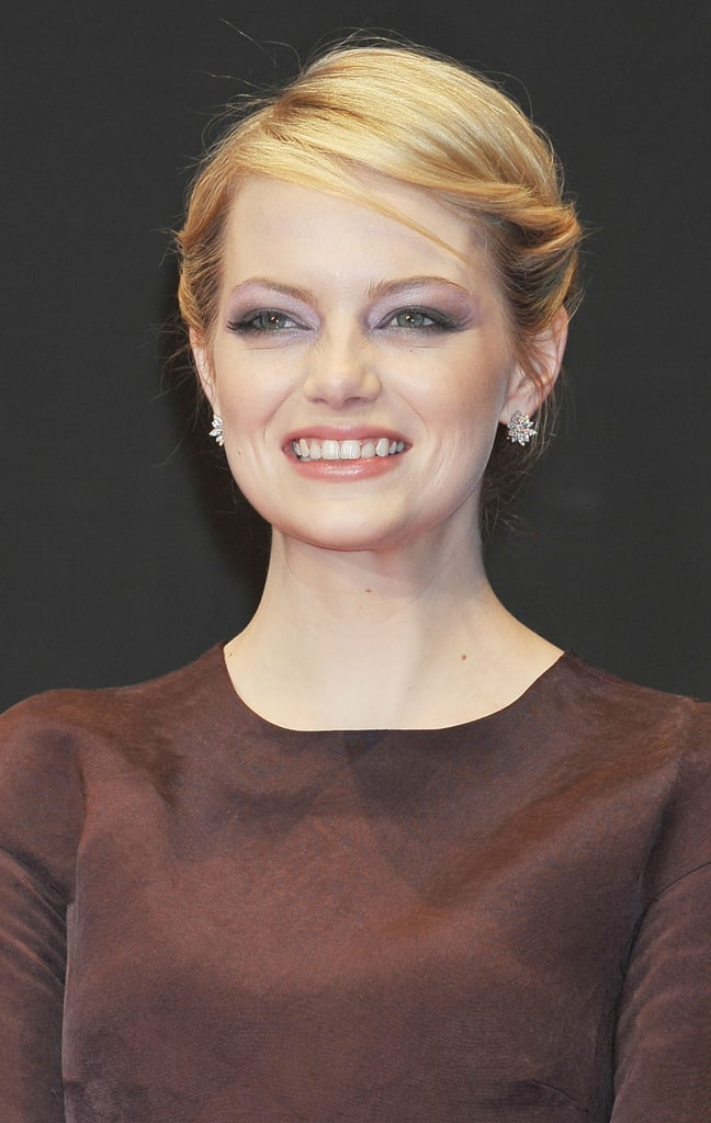Emma Stone showed off her pearly whites at The Amazing Spider-Man premiere in Japan.