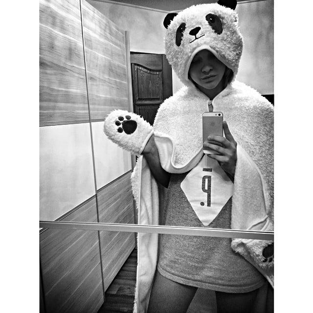 barbara palvin mirror selfie -#main