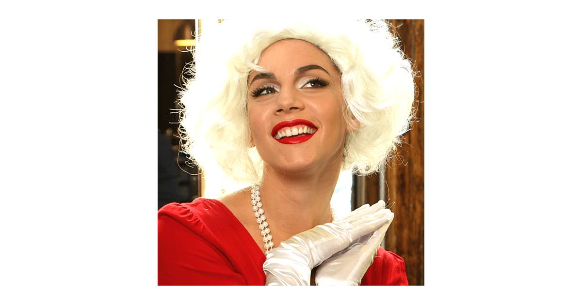 Learn A Marilyn Monroe Makeup Look Halloween Makeup Tutorials