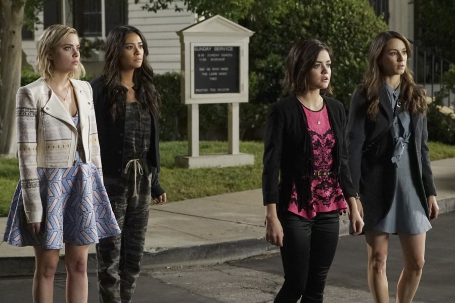 Timeline of the Night Alison Disappears Pretty Little Liars