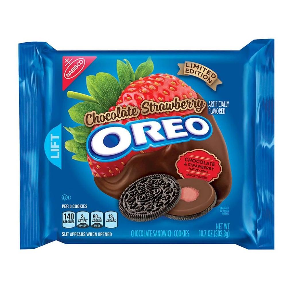 Chocolate Strawberry Oreos