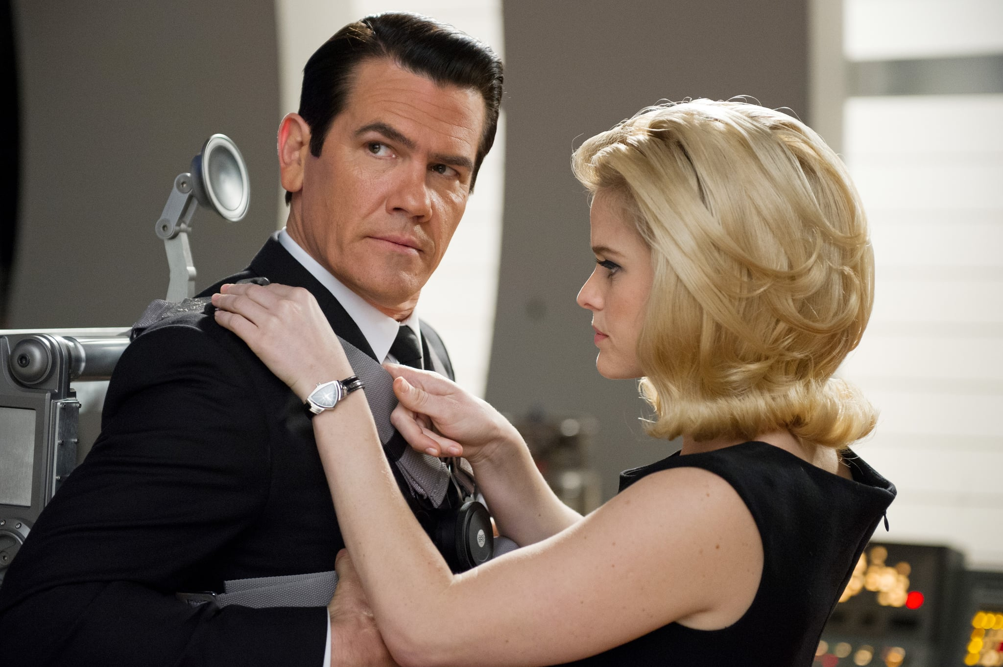 MEN IN BLACK III, from left: Josh Brolin, Alice Eve, 2012. ph: Wilson Webb/Columbia Pictures/courtesy Everett Collection