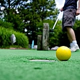 Play minigolf.