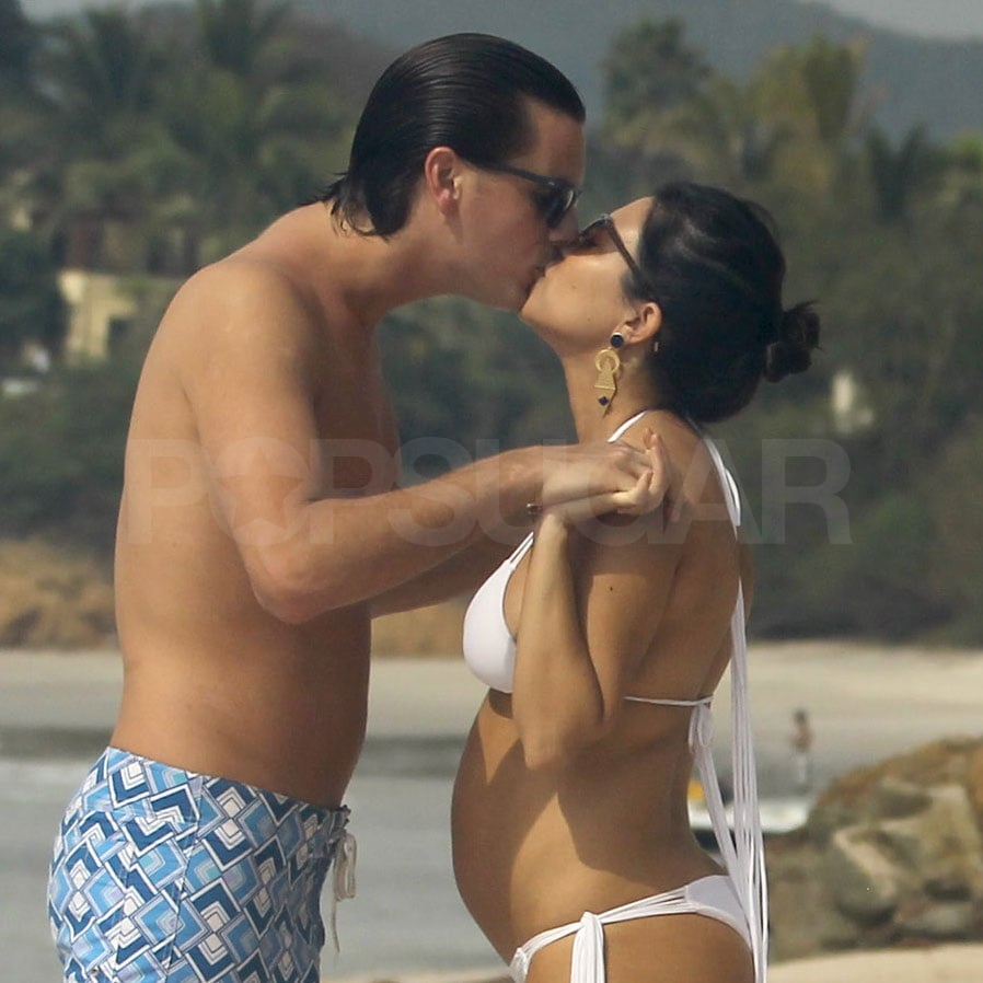 Scott and Kourtney shared a kiss on the beach.