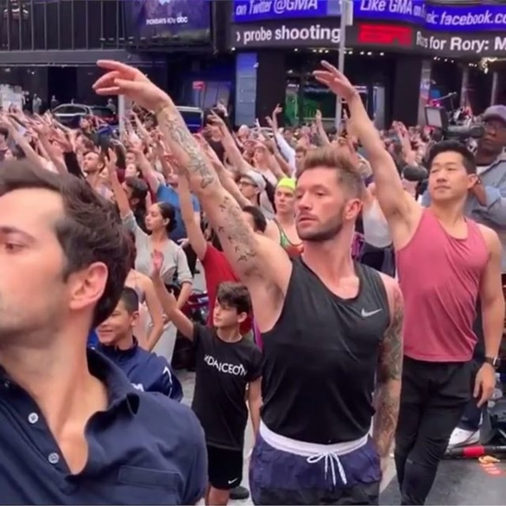 300 Dancers Take a Class in Times Square After Prince George Was Bullied on GMA For Taking Ballet