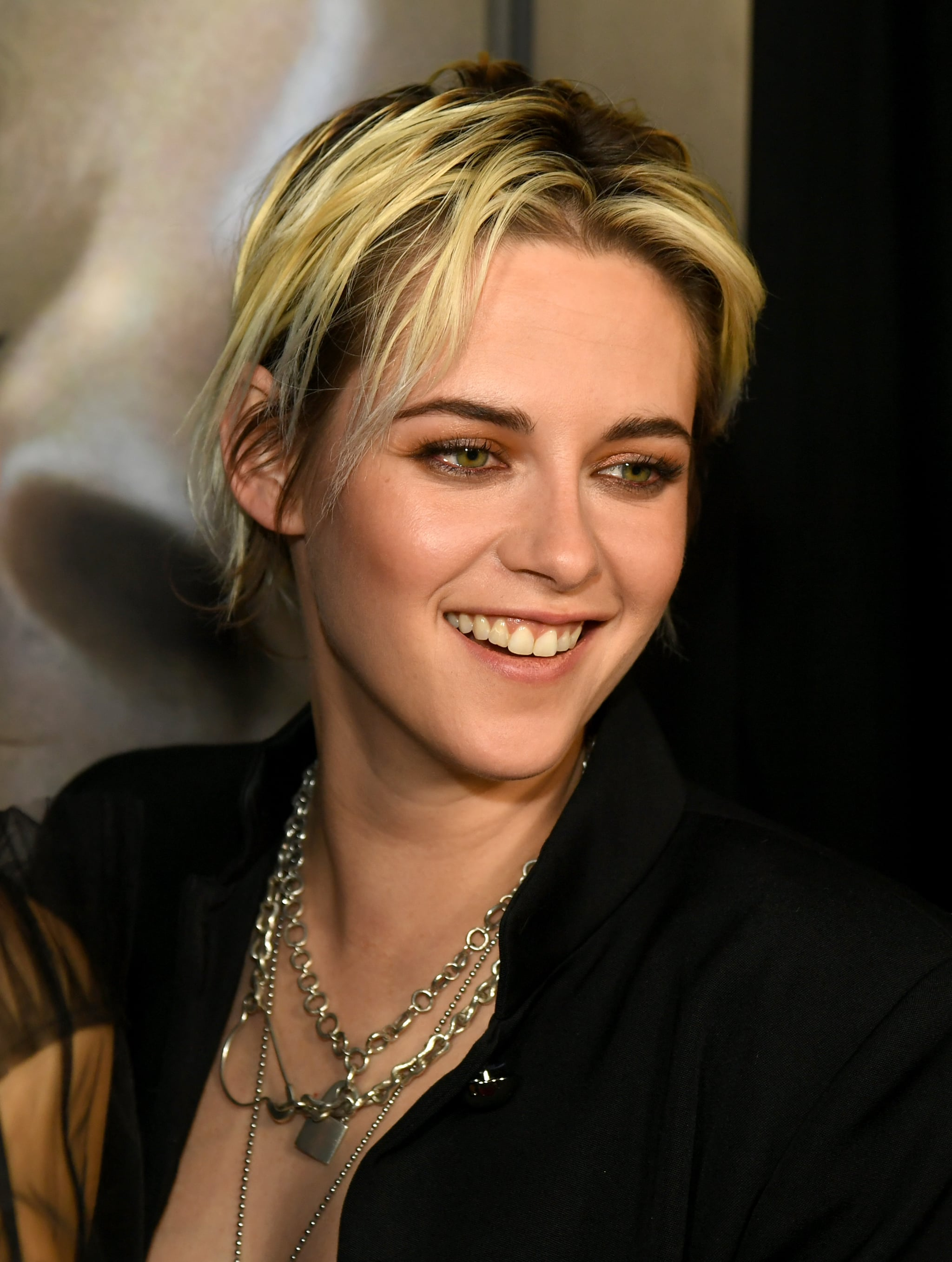 Makeup Beauty Hair Skin Yep Kristen Stewart S New Blond Hair Color Is A Total Mess And That S The Point Popsugar Beauty Middle East Photo 7
