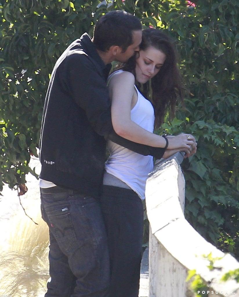 Kristen Stewart and Rupert Sanders showed PDA in LA.