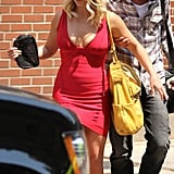 Britney Spears walked with Jason Trawick in Rhode Island.