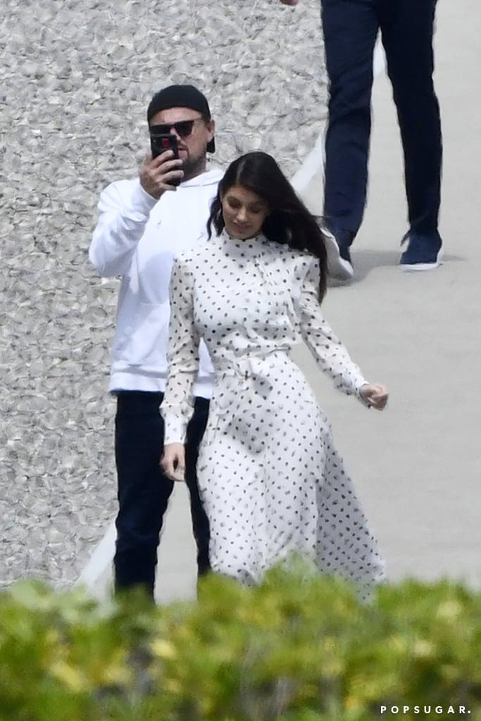 Ciné, cinéma, cinémas... - Page 22 Leonardo-DiCaprio-Taking-Pictures-Camila-Morrone-May-2019