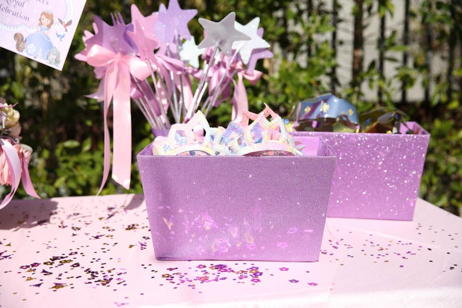 Crown and Wand Favors