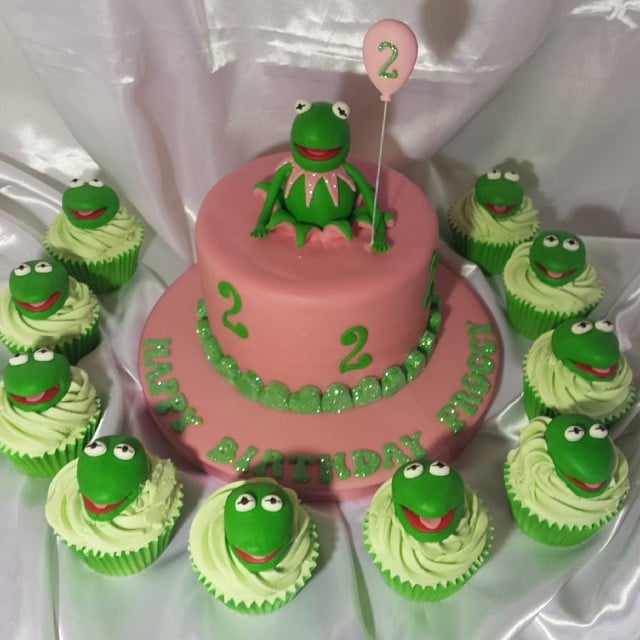 Kermit The Frog And Company Muppet Birthday Cake Ideas Popsugar