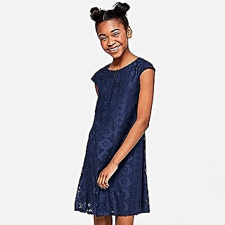 Why I Let My Daughter Do Her Own Back-to-School Shopping