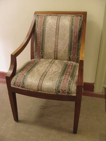Before and After: An Antique Chair, From Eek to Chic!