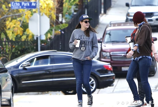 Kristen-Stewart-had-casual-Sunday-friends