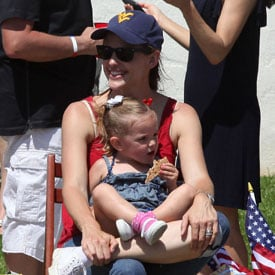 Kristen Stewart, Jennifer Garner, Katie Holmes Bikini Pictures on July 4, 2011