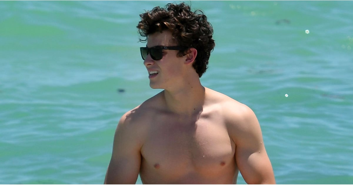 Shawn Mendes Shirtless In Miami Pictures July 2017