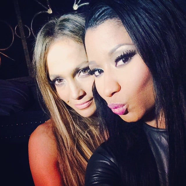 Nicki Minaj pouted it up when she got Jennifer Lopez to lean in for a picture at the 2014 MTV VMAs.