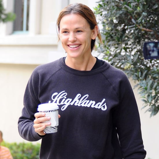 Jennifer Garner Jokes About Dating Brad Pitt | Video