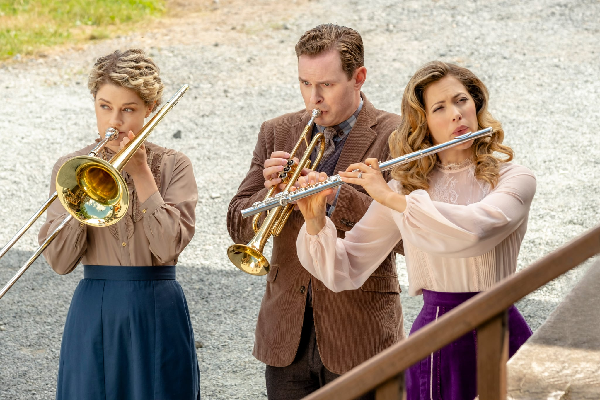 WHEN CALLS THE HEART, Ben Rosenbaum (centre), Pascale Hutton (right), 'Phone Rings and Heartstrings' (Season 6, ep. 601, aired Feb. 24, 2019). photo: David Dolsen / Hallmark Channel / courtesy Everett Collection