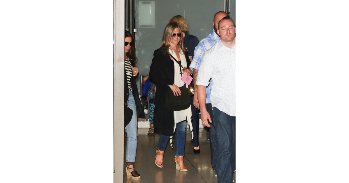 Jennifer Aniston Travel Style July 2016 Popsugar Fashion Photo 6