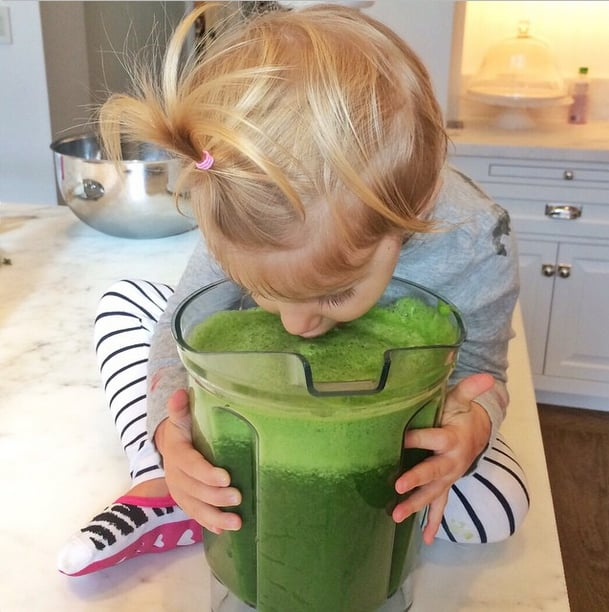 Gisele Bündchen's daughter, Vivian, loves green juice just as much as her supermodel mama.
