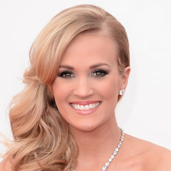 Pictures of Carrie Underwood at the 2013 Emmy Awards