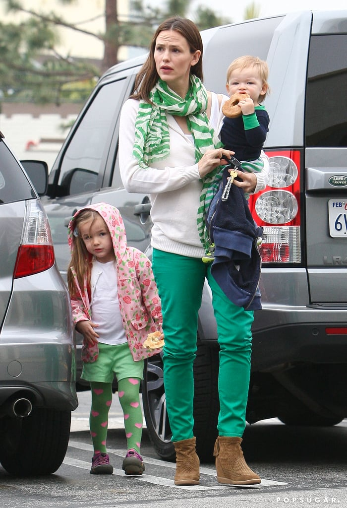Jennifer Garner visited a grocery store with Seraphina Affleck and Samuel Affleck.
