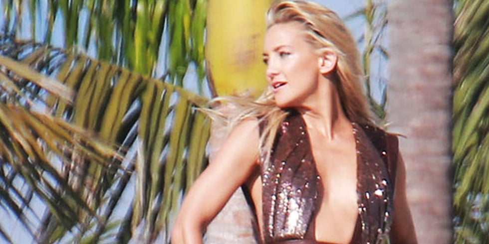 6 Exclusive Photos From Kate Hudson's Beach Photo Shoot!