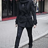 Emmanuelle Alt showed off an all-black ensemble with that ease and elegance that's made her a style icon.