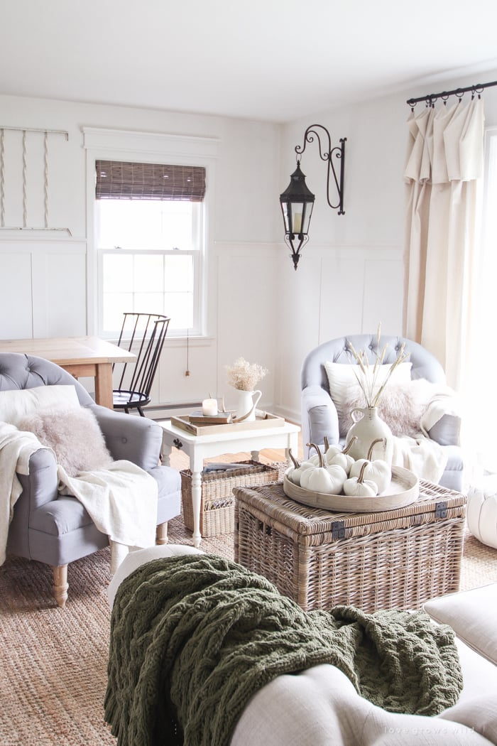 How to decorate the living room for fall popsugar home - Pictures of decorated living rooms ...