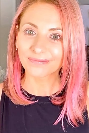 Sarah Michelle Gellar's DIY Pink Hair Color