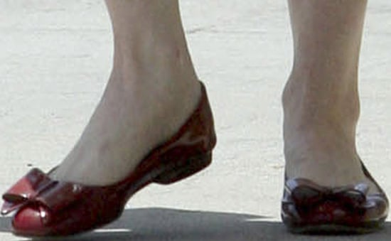 Celebrity Photo Quiz. Guess Who is Wearing Red Patent Pumps?