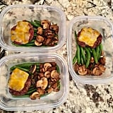 Cheeseburgers with sautéed green beans and mushrooms