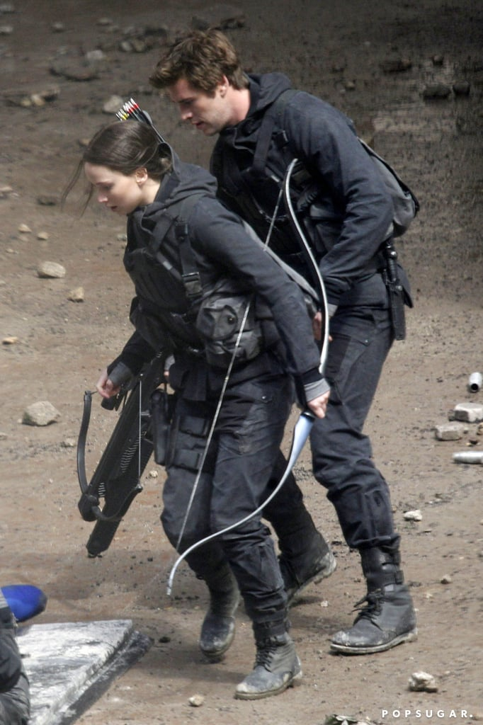 Lawrence and Hemsworth stayed close during their action scene.