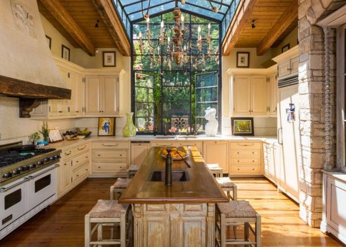 jennifer lopez buys 40 million bel air mansion popsugar. Black Bedroom Furniture Sets. Home Design Ideas