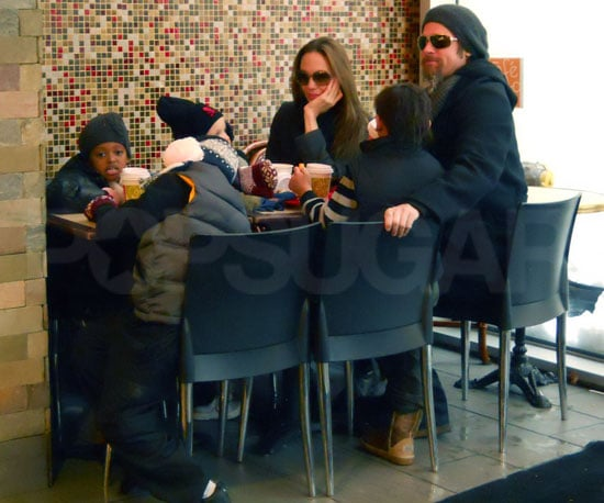 Photos of Brad Pitt and Angelina Jolie Getting Lunch With Maddox, Pax, Zahara, and Shiloh in NYC
