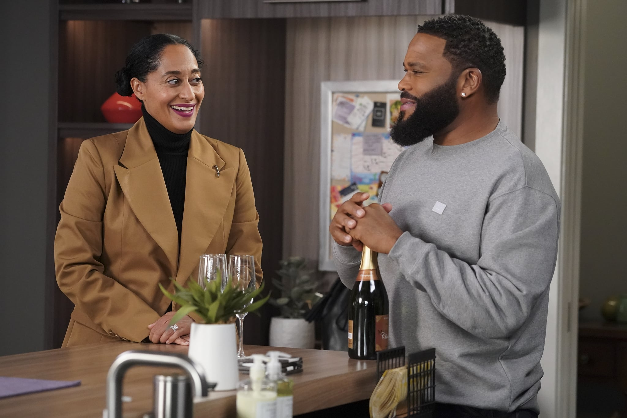 BLACK-ISH - Move-In Ready  Against the warnings of Dre and his coworkers, Junior is resolute about his decision to move in with Olivia. They go on an apartment hunt together, but tensions rise when Olivia compares Junior to Dre. Meanwhile, Bow challenges Dre to get comfortable being alone on an all-new episode of black-ish, TUESDAY, APRIL 6 (9:00-9:30 p.m. EDT), on ABC. (ABC/Richard Cartwright)TRACEE ELLIS ROSS, ANTHONY ANDERSON