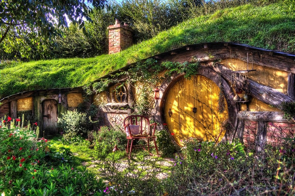 share this link - Lord Of The Rings Hobbit Home