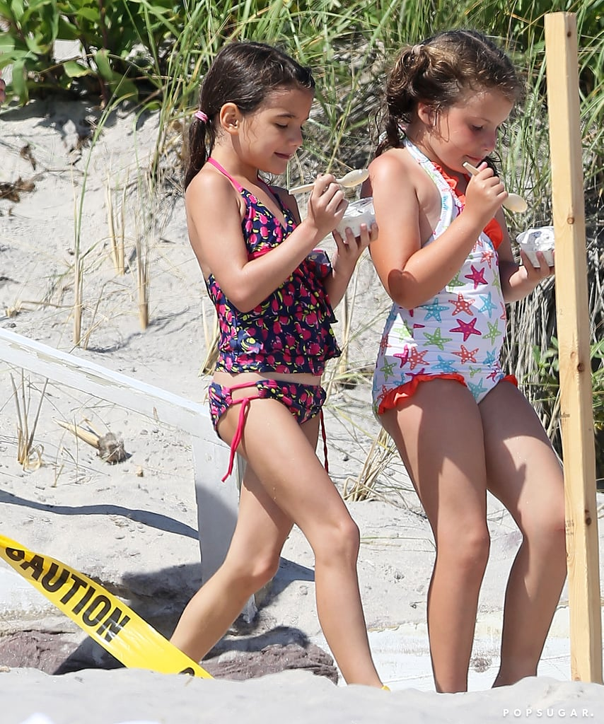 Suri Cruise and a pal ate ice cream.