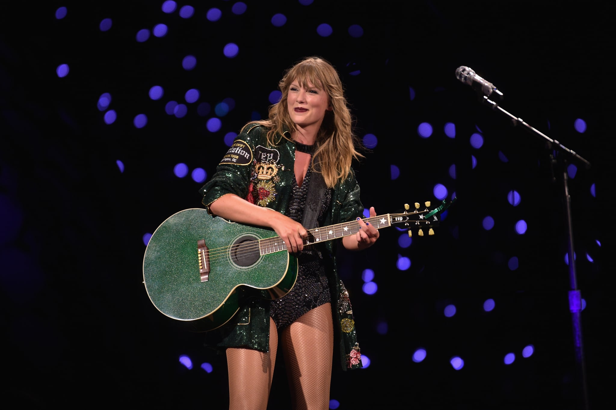 LANDOVER, MD - JULY 10:  Taylor Swift performs onstage during the Taylor Swift reputation Stadium Tour at FedExField on July 10, 2018 in Landover, Maryland.  (Photo by Jason Kempin/TAS18/Getty Images for TAS)