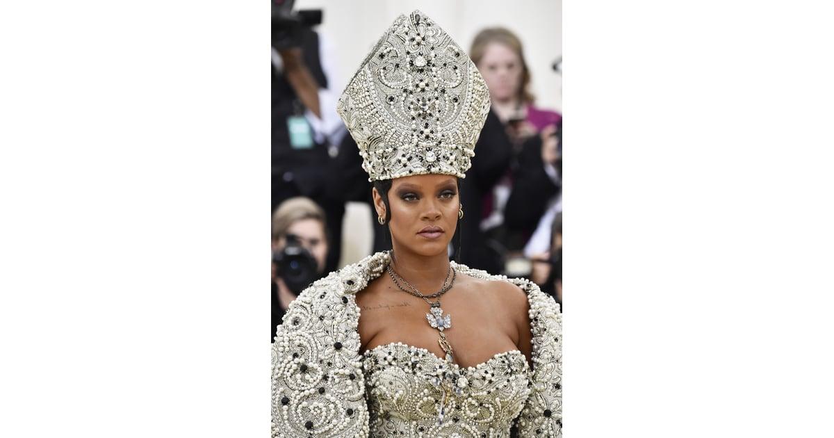 Rihanna Met Gala Jewelry 2018 Popsugar Fashion Middle East Photo 1